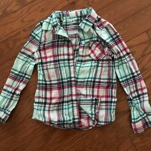 Adorable plaid button up